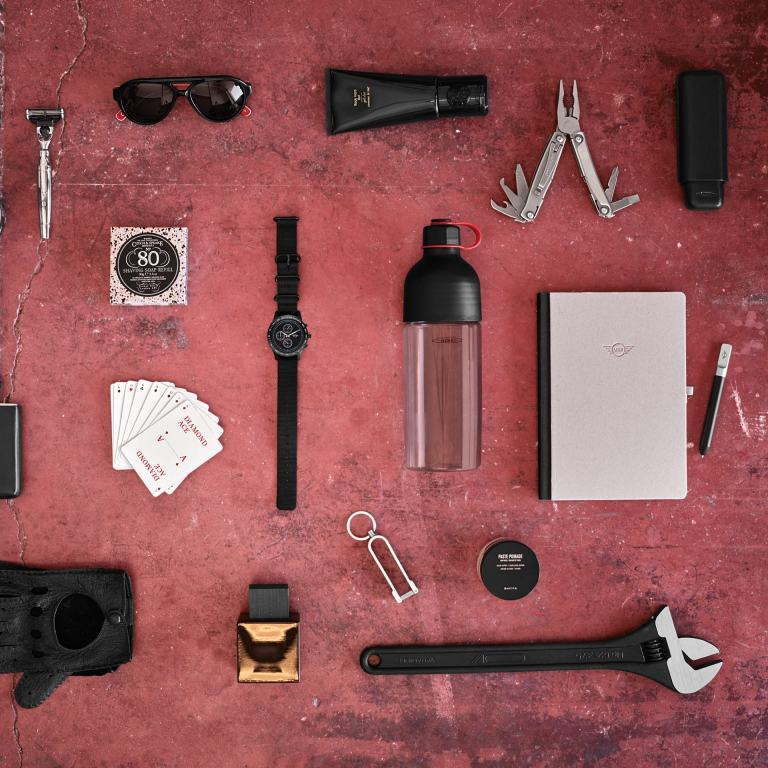 JCW Lifestyle Collection – gloves – MINI JCW multi-tool – sunglasses etc.