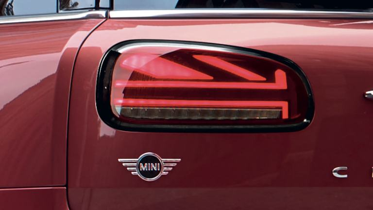 MINI Clubman - red and black – Union Jack rear lights